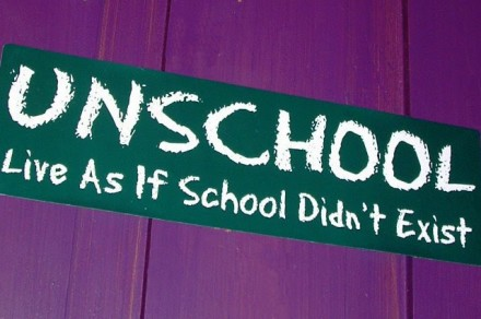 unschooling-a-decentralized-p2p-education-platform